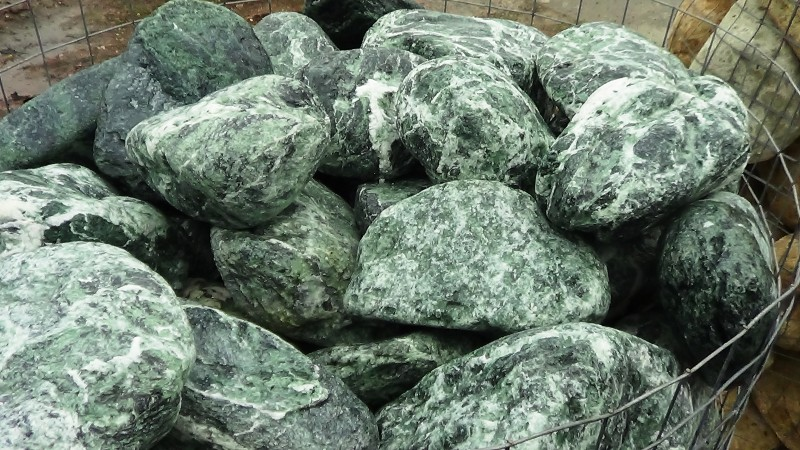 garg 023 gros galet vert des alpes dpi