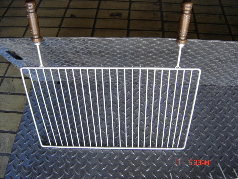 r f 13 grande grille en inox dpi. Black Bedroom Furniture Sets. Home Design Ideas